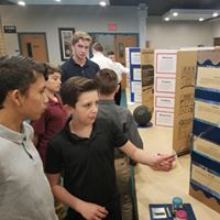 WSCA middle school students participating in a science fair